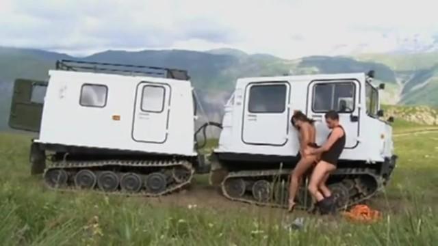 Kemény autó pornó
