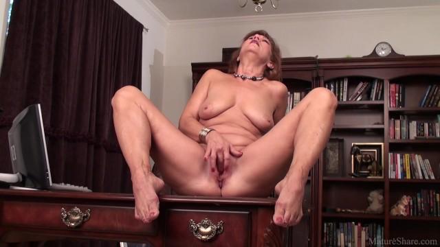 terhes ázsiai szex